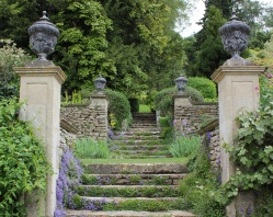 iford-manor-staircase